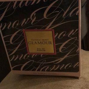 VS Glamour